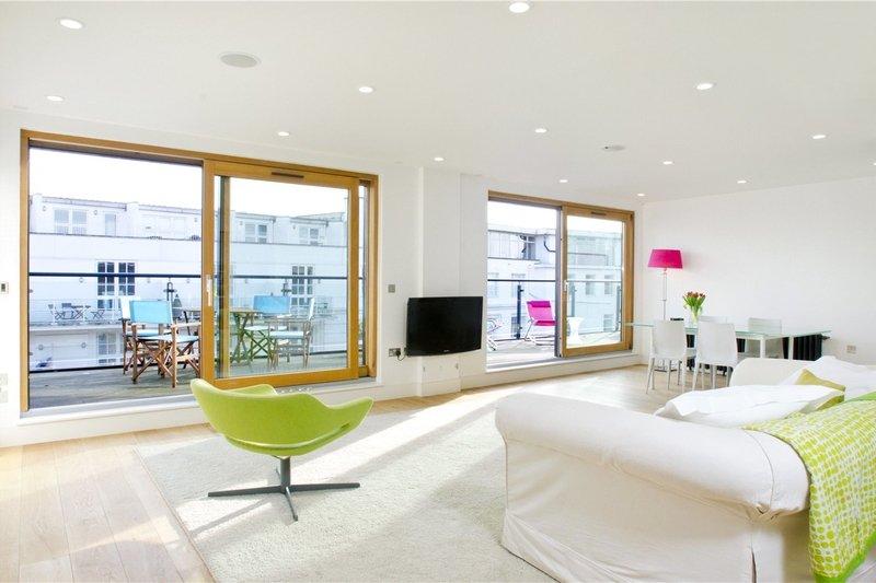 2 Bedroom Flat to rent in Oval Road, London,  NW1 7DE