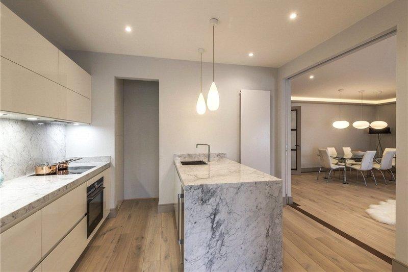 3 Bedroom Flat to rent in 170a Gloucester Terrace, London,  W2 6HN